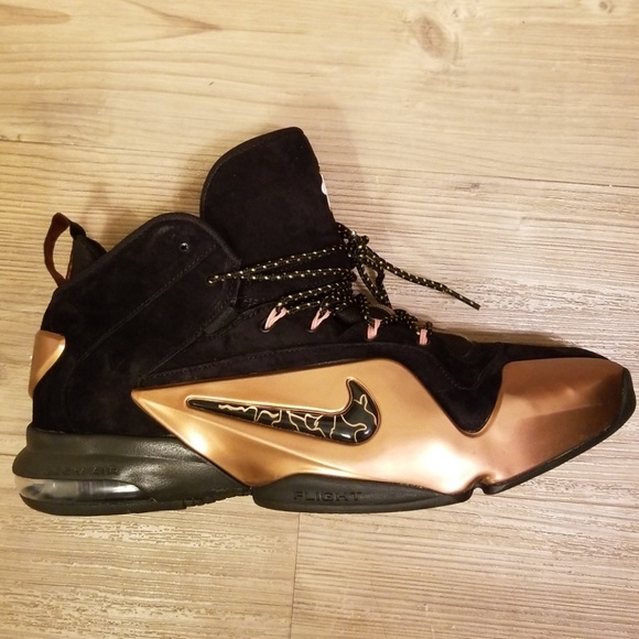 brand new e8dfe 21513 Mens Nike Zoom Air Penny 6 Metallic Copper   Black.  M 5bcbe56c12cd4a5e96d71fb2